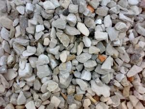Гранитный щебень широко используется в разных сферах строительства