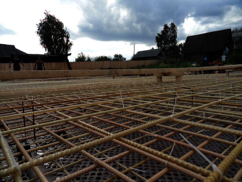 Арматура широко используется во всех видах строительства и незаменима при строительстве фундамента.