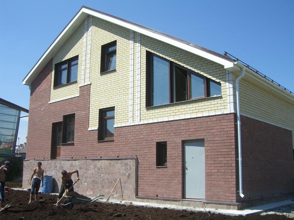 Применение силикатного кирпича в облицовке зданий