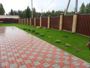Тротуарная плитка отличается формой, цветом и технологией изготовления